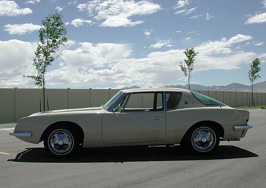 1963 Studebaker Avanti Pictures