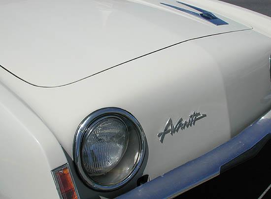 1963 Studebaker Avanti lights