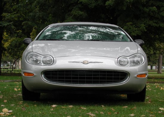 2001 Chrysler Concord LXi front