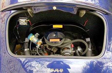 1958 Porsche 356 Speedster engine