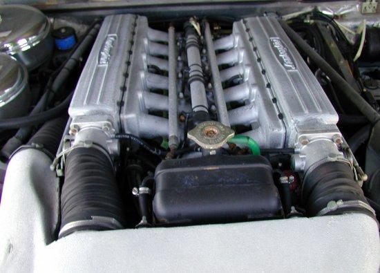 1990 Lamborghini LM002 American engine