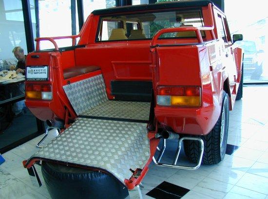 1990 Lamborghini LM002 American