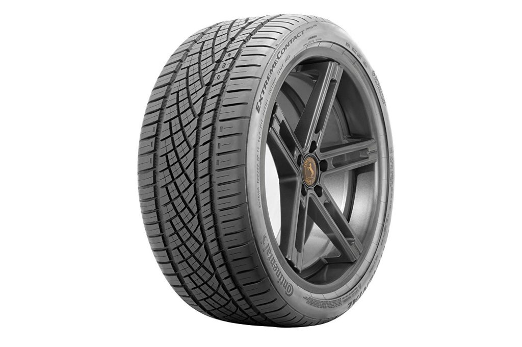 Continental Extreme Contact DWS06 All-Season Tire